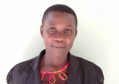 Lehrerin Nähschule: Lilian Mahawi